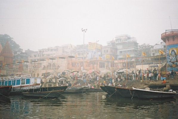 Boat ride on the Ganges on a foggy, atmospheric day