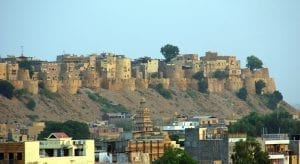 A cancelled train meant staying another night in Jaisalmer in India