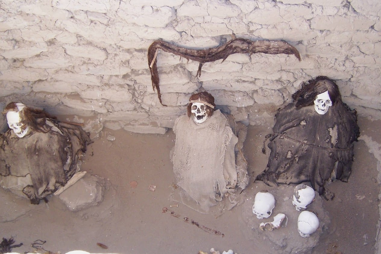 Mummies in the Nazca desert