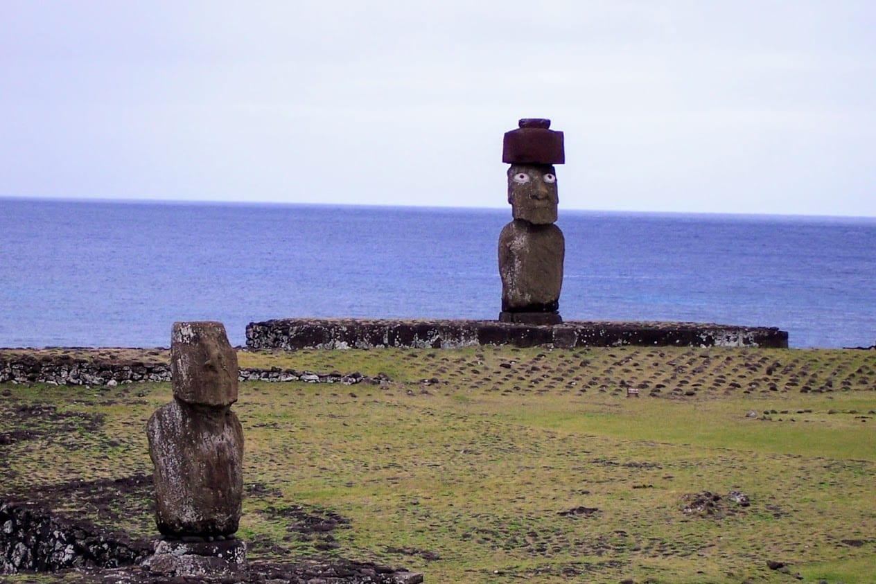 Hanga Roa Easter Island Statue