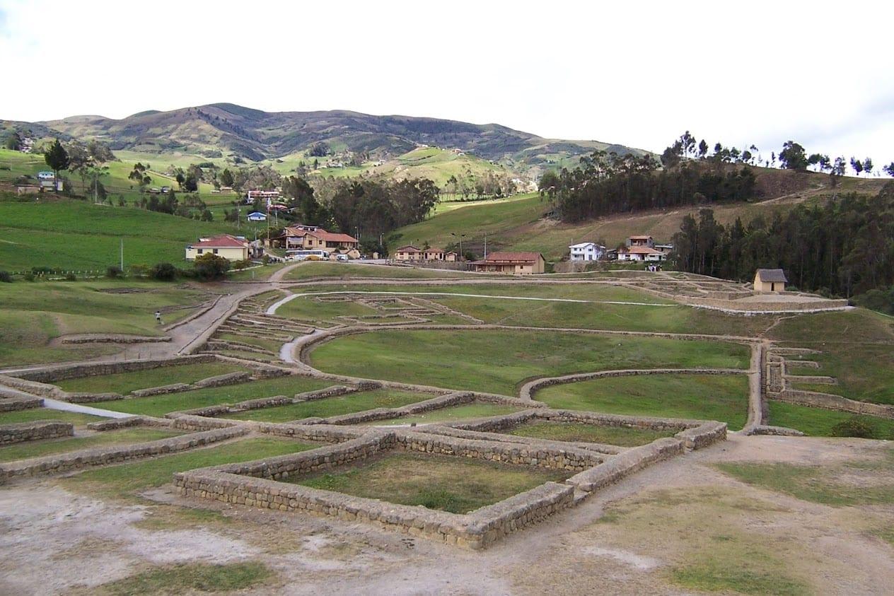 Visiting Ingapirca in Ecuador