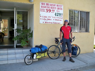 cycling with a bicycle trailer