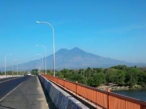 The bridge into Usulutan
