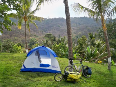 Camping whilst bike touring in El Salvador