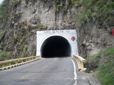 colombia-tunnel2