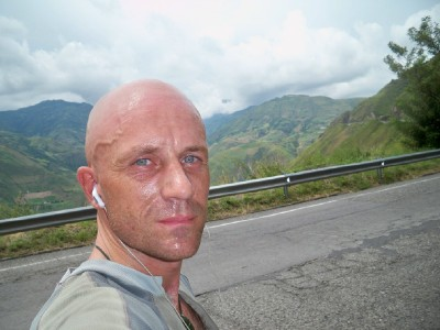 Dave Briggs cycling in Colombia