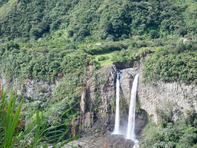 banos-waterfall