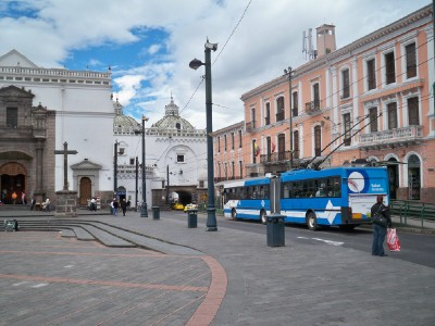 quito-trolley
