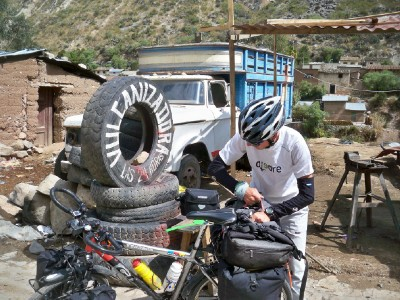 Agusti from Barcelona cycling in Peru 2010