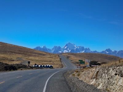 Cycling to Pachapaqui in Peru