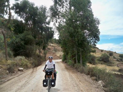 Agusti cycling in Peru