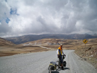 Dave Briggs cycling out of Andahuaylas in Peru