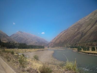 Cycling to Combapata in Peru