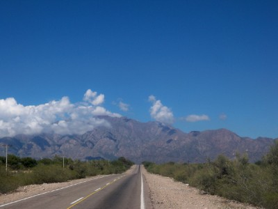 Cycling from near Pituil to Chilecito in Argentina - Dave's Travel Pages