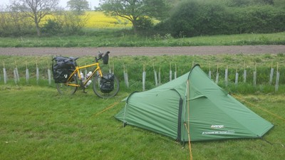bicycle touring in England camping