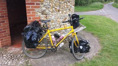 touring-bicycle