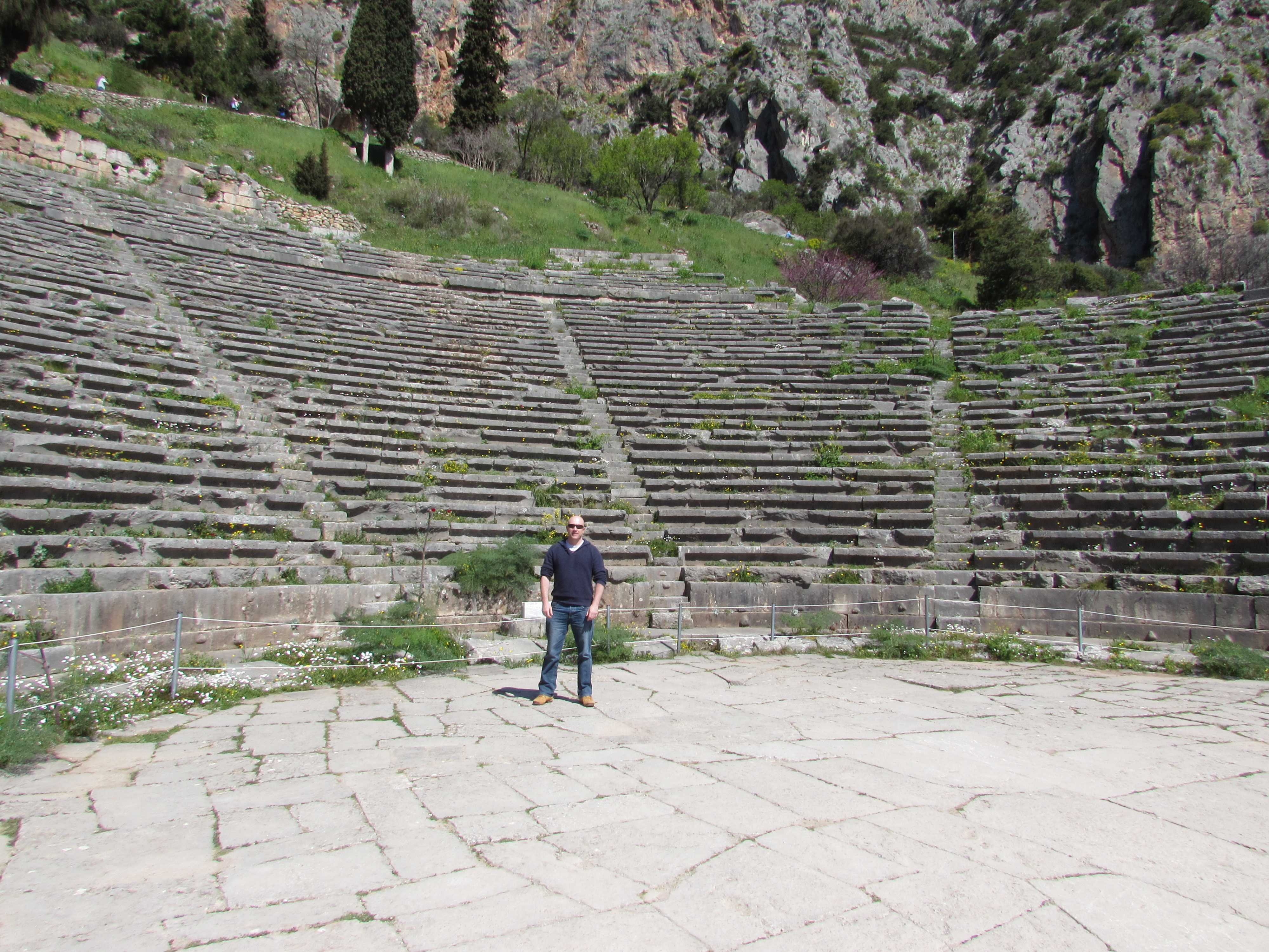 daves-travel-pages-delphi-greece