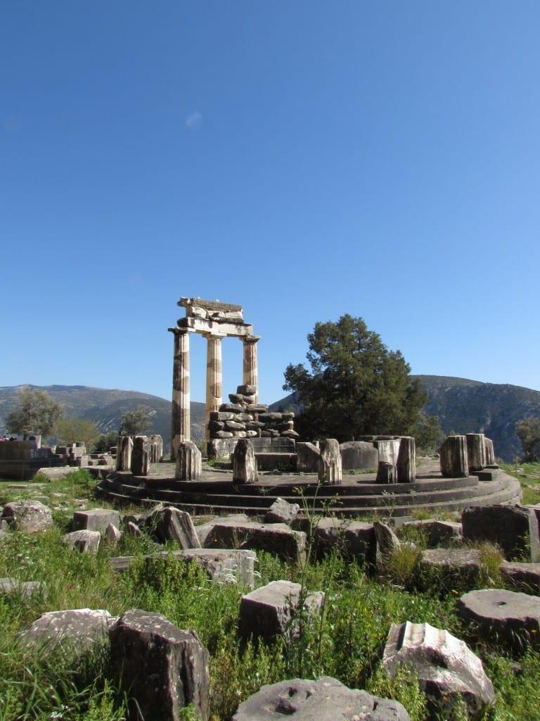 tholos-sanctuary-athena