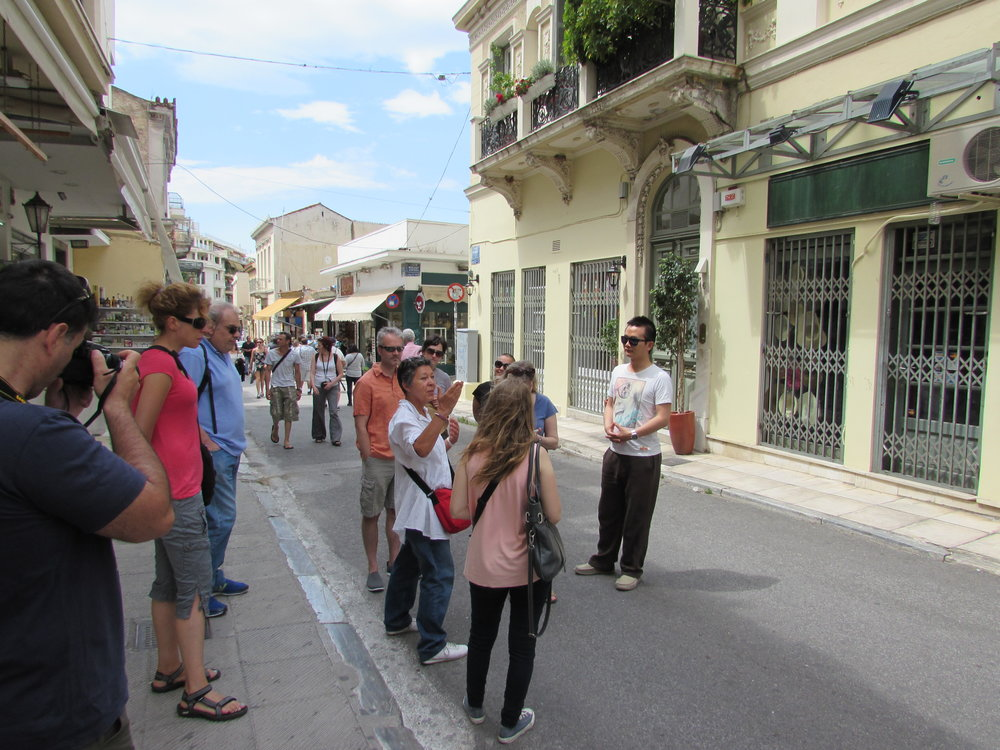 walking-tour-in-athens