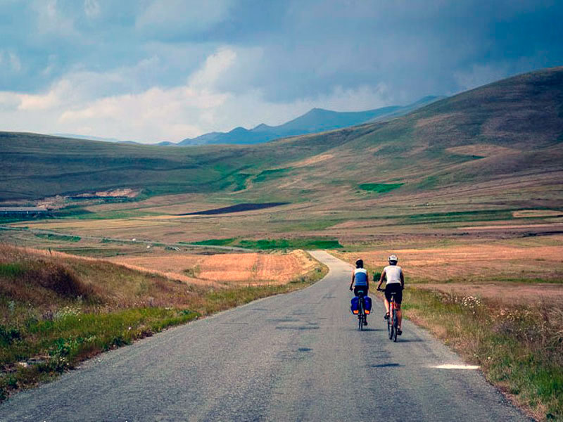 Cycling routes in Armenia - Inspiring your travel adventures with Dave's Travel Pages