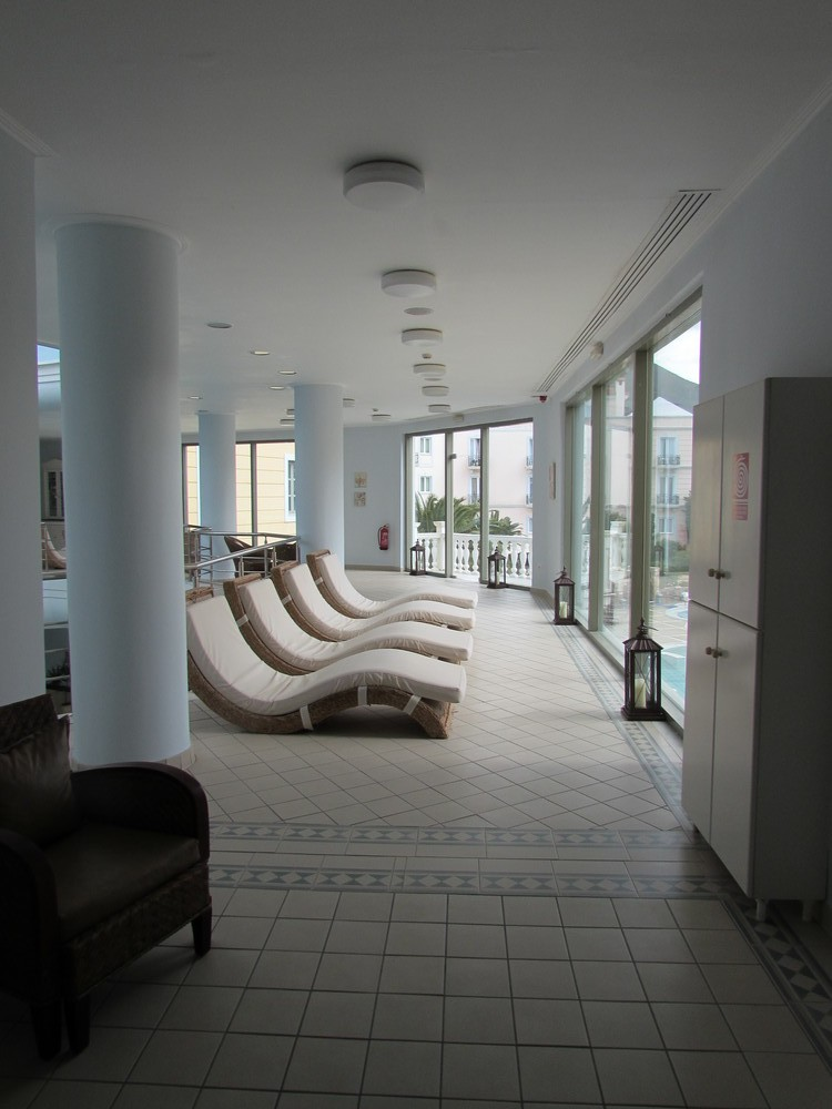 Relax in comfort on a spa weekend in Greece