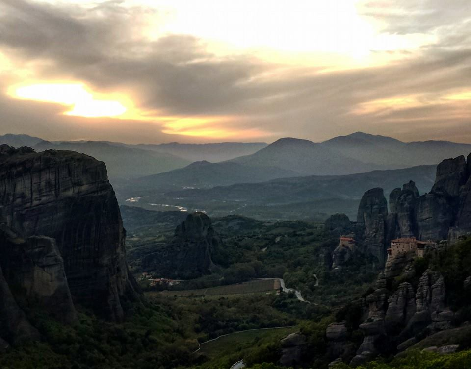 A perfect sunset in Meteora