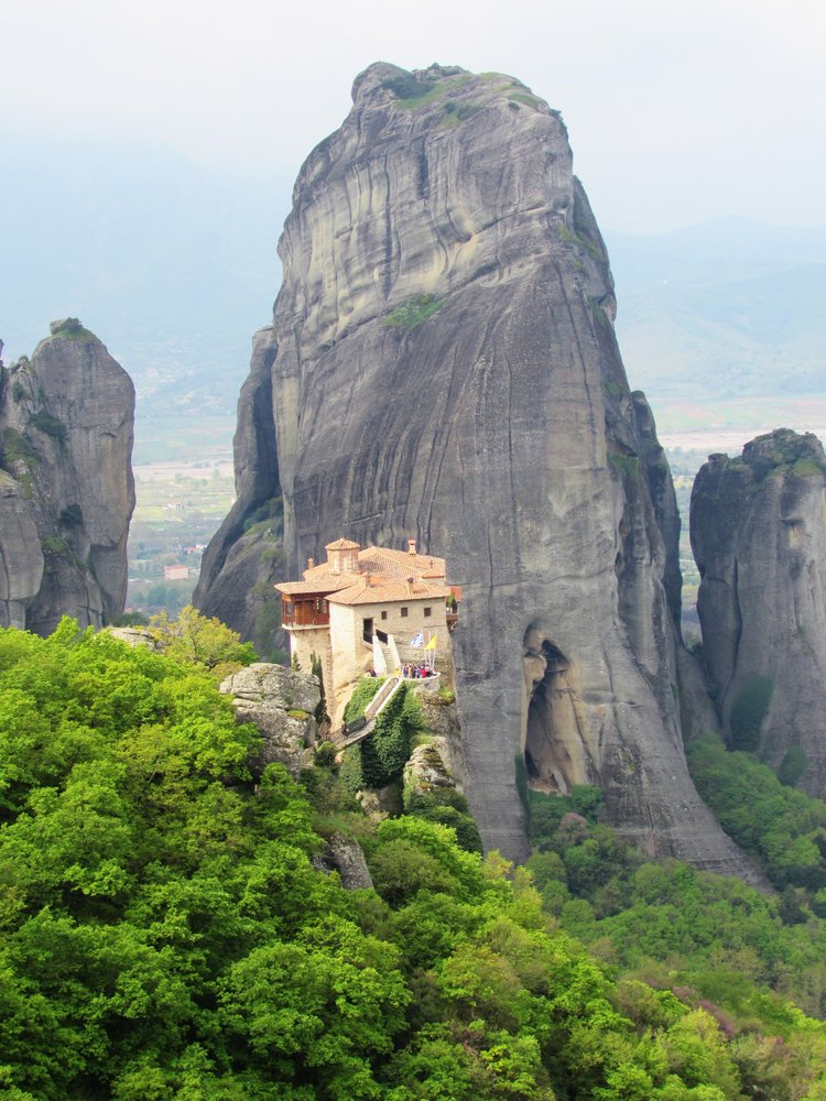The Majestic Meteora Landscape - Meteora is one of the most beautiful areas in Greece. If you would like to see more stunning photos, read the full article.
