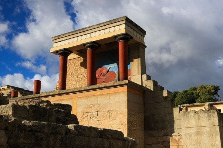 Palace of Knossos in Crete | Visit Knossos and enter the Minotaur's lair!