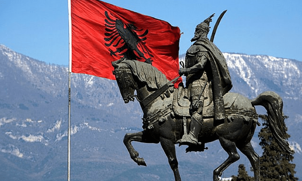 What to do in Tirana Albania