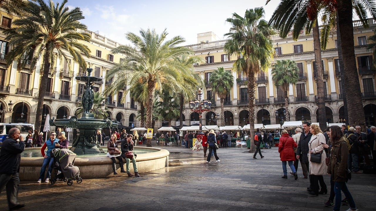 A guide to visiting Barcelona in Spain in winter
