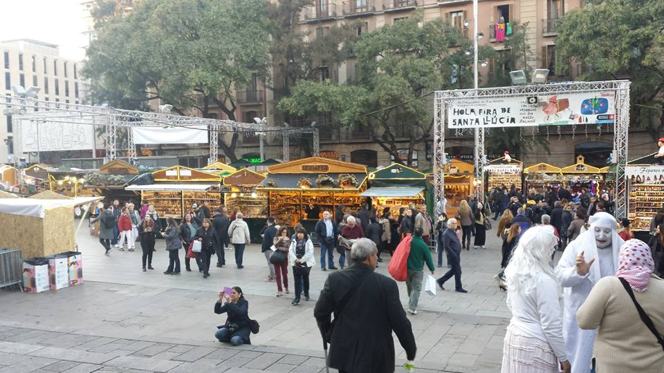 The Christmas Market in Barcelona opposite the Cathedral