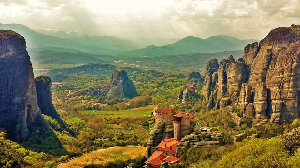 Where to stay near Meteora in Greece. Choose from these best 5 hotels in Kalambaka and Kastraki