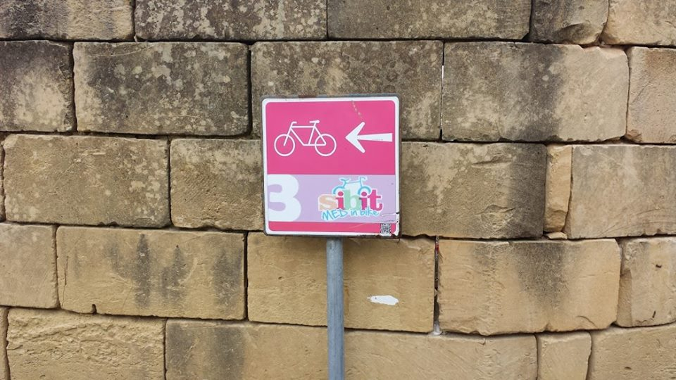 There is a clearly signed cycle route around Gozo
