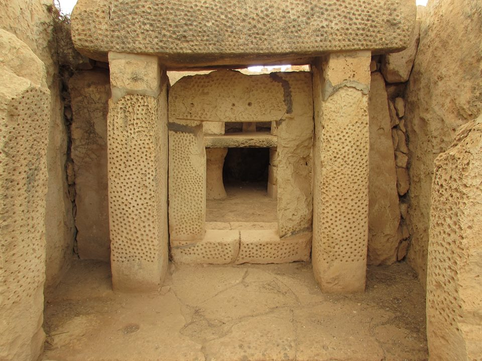[Image: megalithic-temples-of-malta-3.jpg]