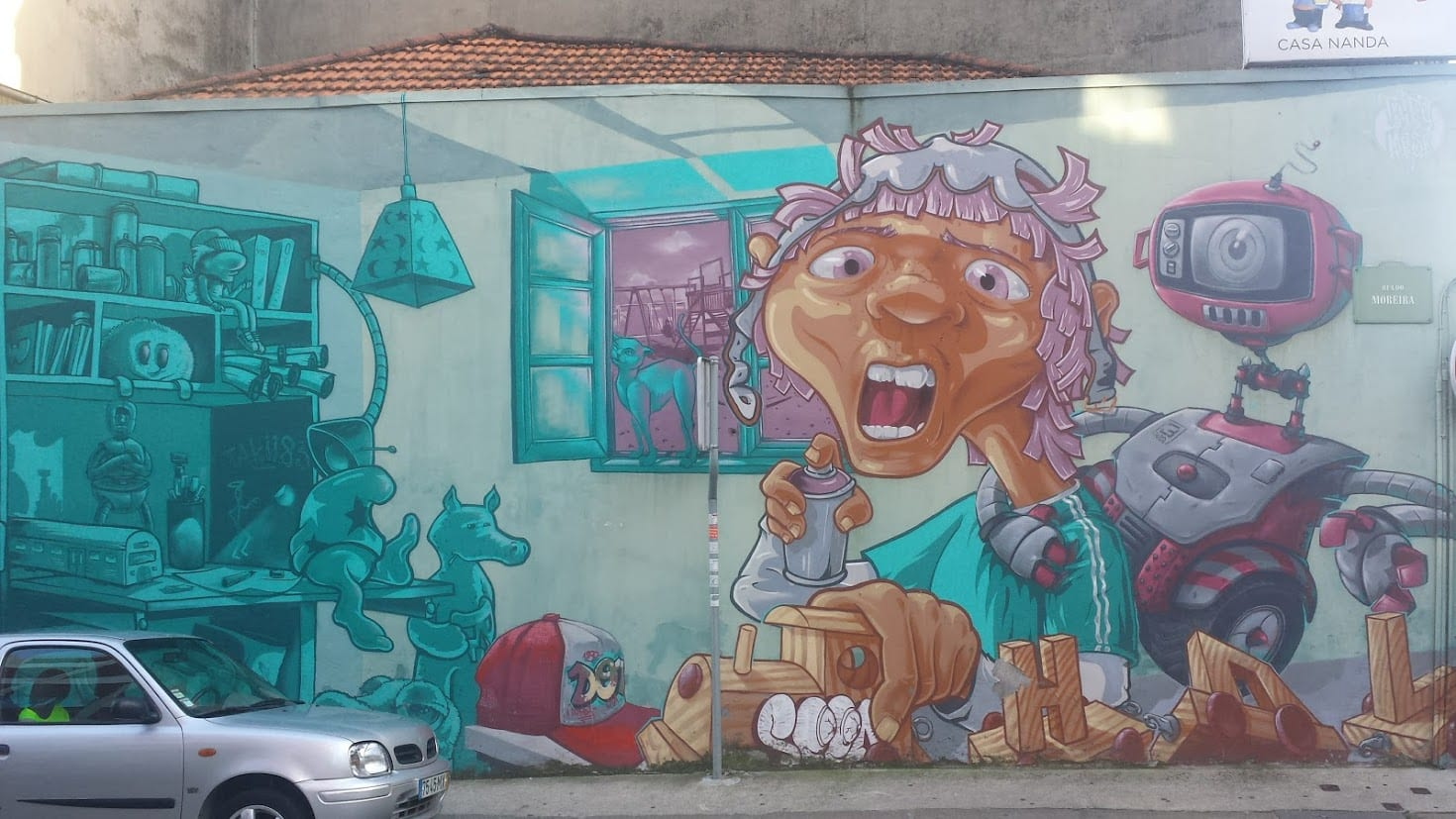 Street art and murals in Porto, Portugal
