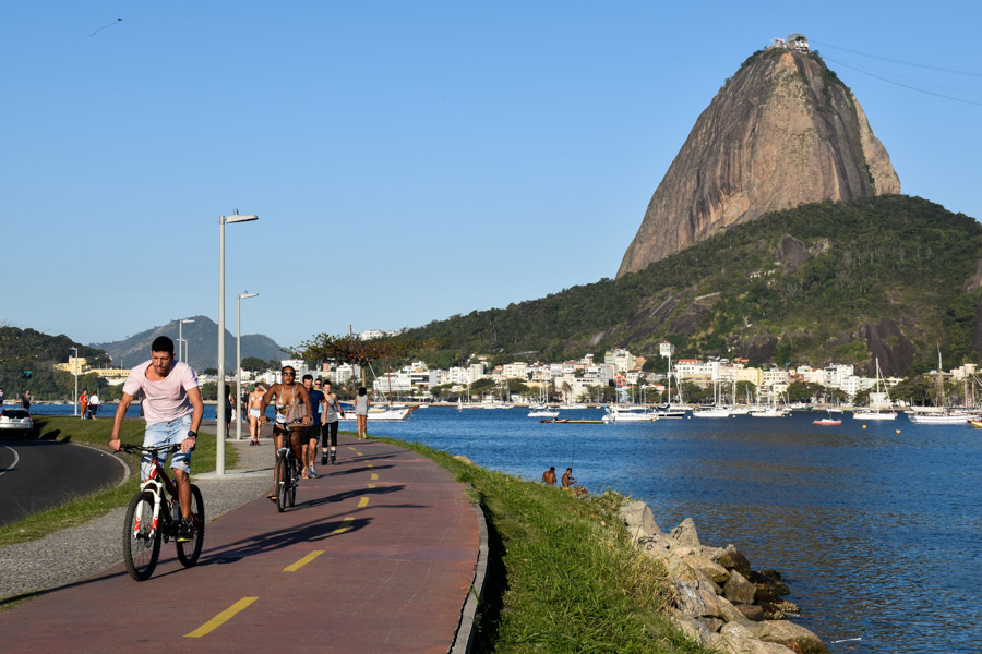 Cycling in Rio using the city bike hire scheme
