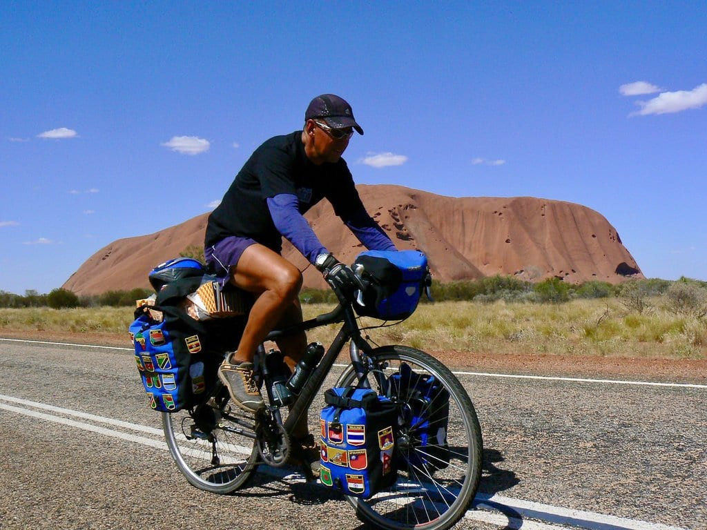 One Mexican around the world by bicycle