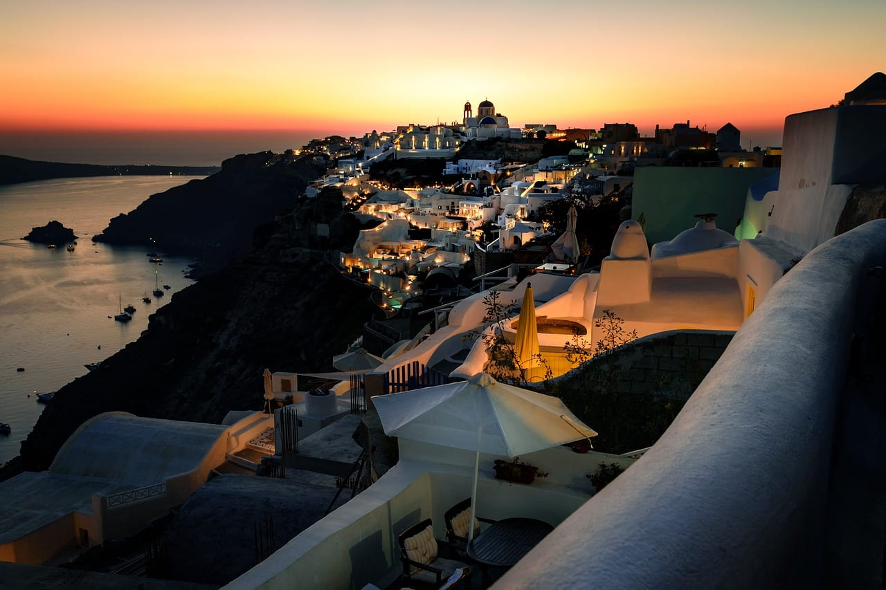 The best hotels to stay in for the Santorini sunset