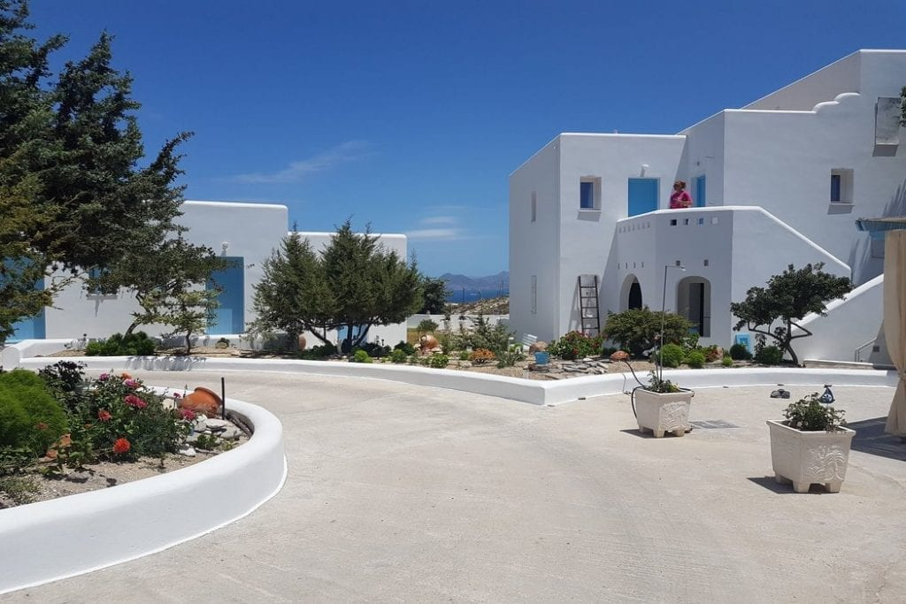 If you are looking at where to stay in Milos, Sarakiniko Rooms is another good choice.