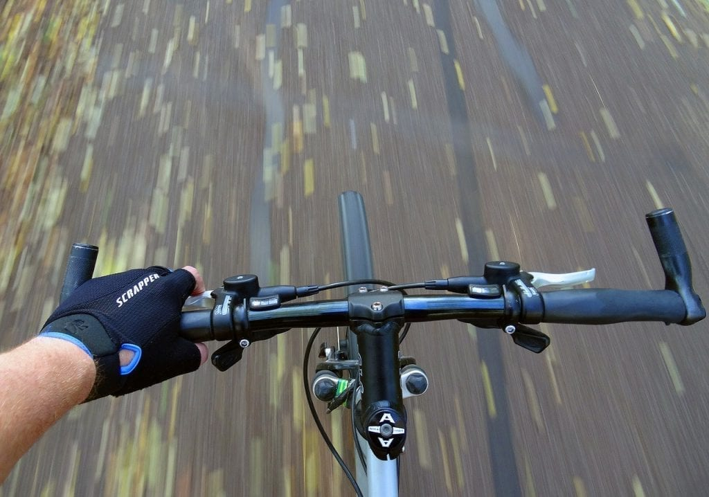 Ride with 2 hand on the handlebar