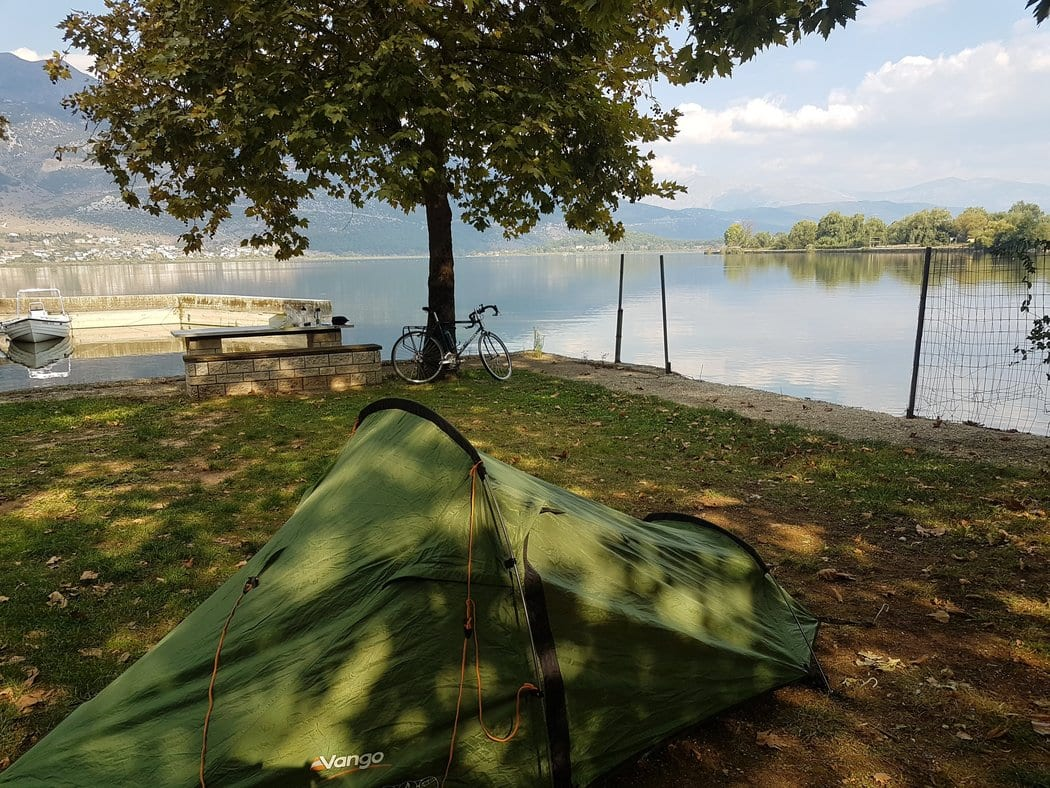 Camping in Ioannina by the lake
