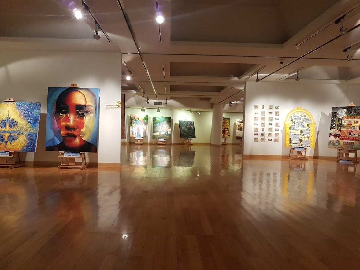 The Queen Sirikit Gallery is well worth adding to your Bangkok sightseeing itinerary of you have time.