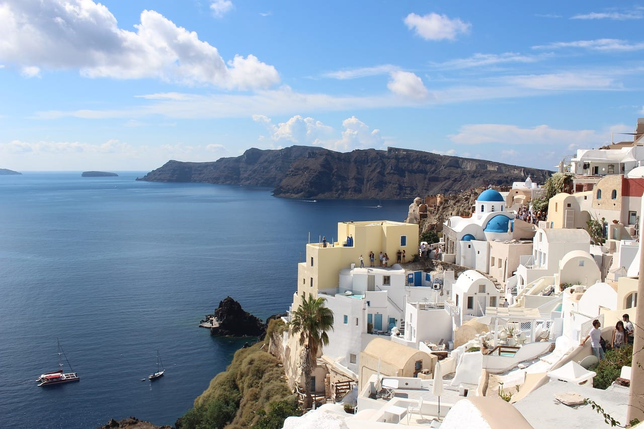 A Greek island hopping itinerary for 14 nights and 16 days.