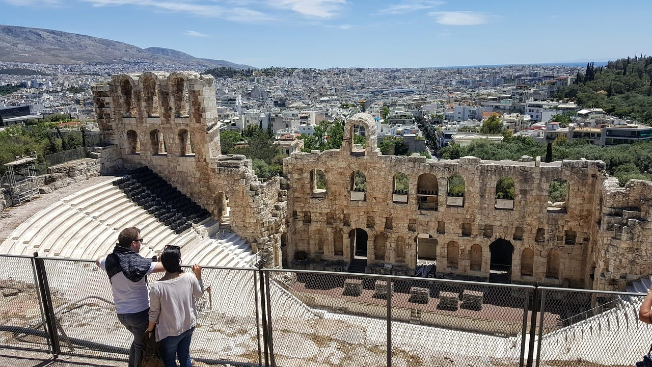 Plan the perfect 3 days in Athens with this easy to follow Athens itinerary.
