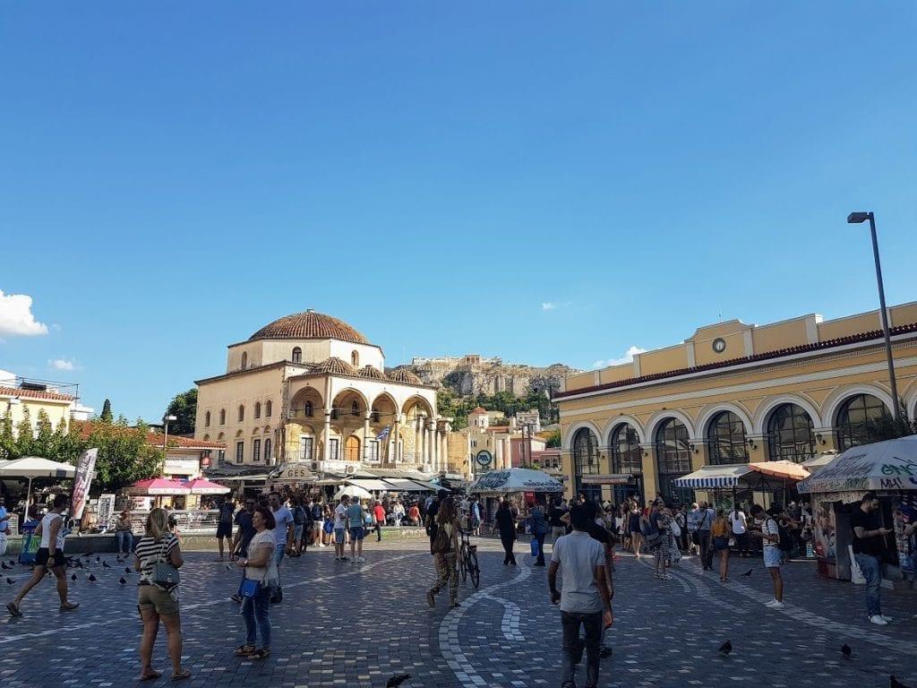 The Best Neighborhoods in Athens for Urban Explorers