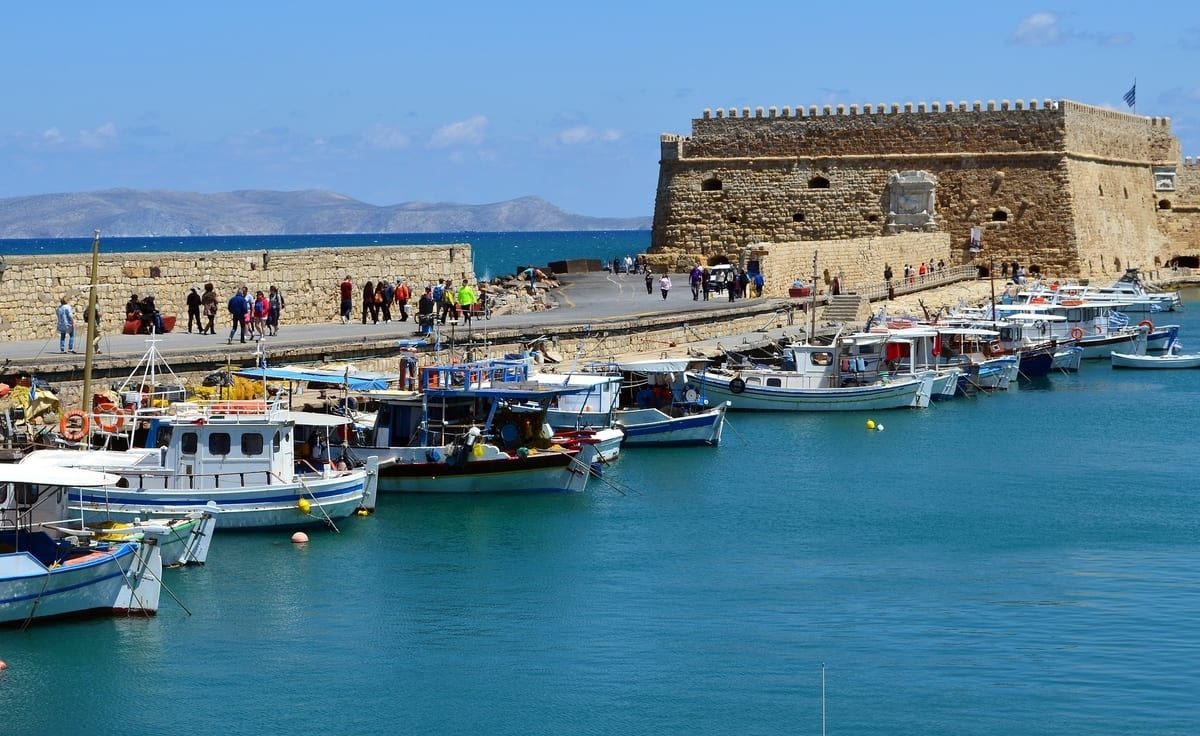 October is an idea month to explore Heraklion, as there are fewer tourists and the temperature is a lot more tolerable