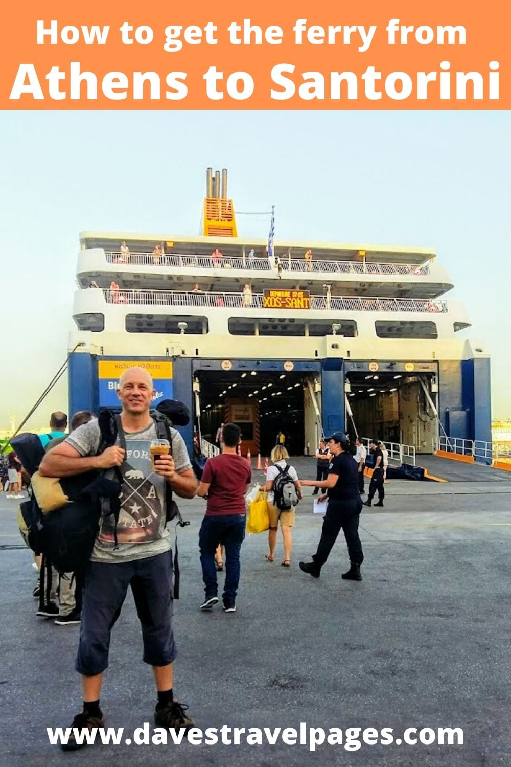 How to get the ferry from Athens to Santorini in Greece