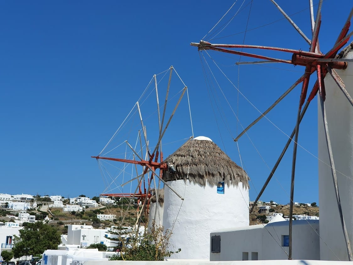 The best season to go to Mykonos