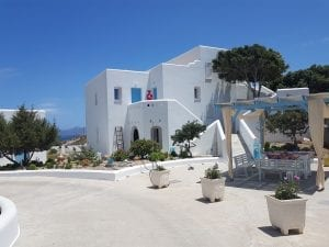 Where to stay in Milos Greece - A guide on where to stay in the Greek island of Milos