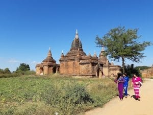 Visiting the temples in Bagan Myanmar